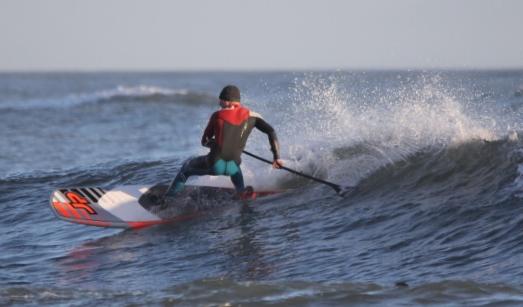 Matt Barker-Smith carving up the JP Australia Slate 7.2ft