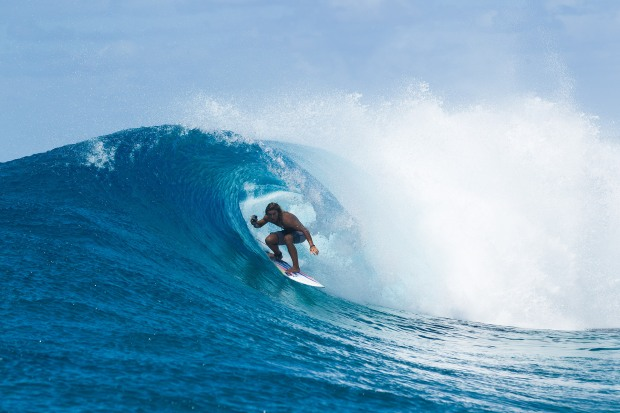 Bernd Roediger Marshall Islands SUP barrel