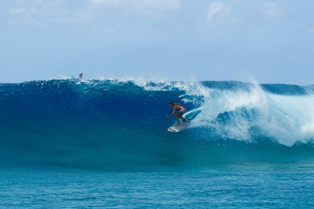 Marshall Islands SUP barrel Bernd Roediger