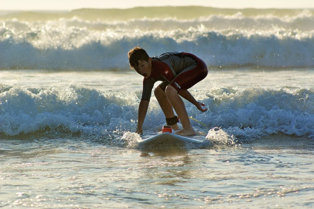 dylan-gets-one-of-his-first-waves