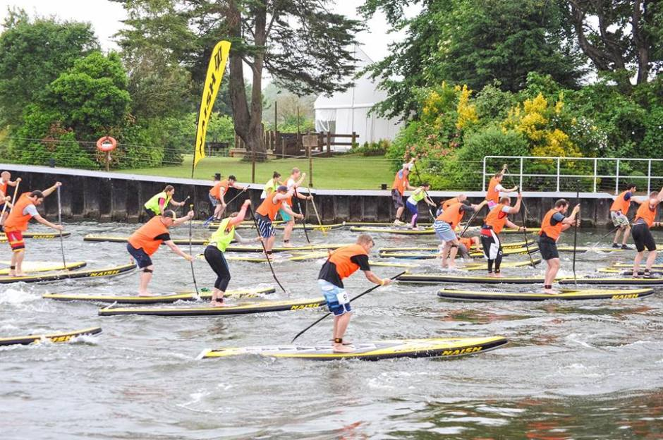 Mass SUP racing