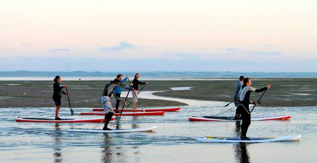 Wet N Dry SUP Club paddlers