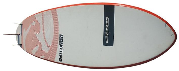 Monotipo hull profile