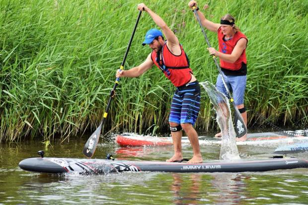 zoltan-and-duncan-sup-racing